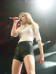 The RED Tour March 14, 2013-15 (XPJM13X) Tags: red mike matt caitlin ed paul march concert nebraska tour grant meadows center brett taylor omaha swift heller 14th amos 13th mickelson eldredge 2013 evanson sheeran billingslea sidoti centurylink xpjm13x