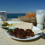 "Lunch on the shores of Lake Van <a style=""margin-left:10px; font-size:0.8em;"" href=""http://www.flickr.com/photos/59134591@N00/8603934948/"" target=""_blank"">@flickr</a>"