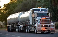 KKR (quarterdeck888) Tags: nikon transport frosty outback trucks tankers roadtrain kenworth haulage kkr t909 highwaytrucks d5100 jerilderietruckphotos jerilderietrucks
