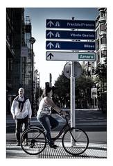 Directions (Gabi Monnier) Tags: street canon vacances spain flickr jour t rue sansebastian espagne fille vlo gens paysbasque saintsbastien traitement exterieur canoneos600d gabimonnier