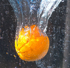 Water Splash 2 (Chris Wood 1954) Tags: orange water fruit arty splash artyfarty fasrshutterspeed