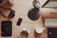 Schreibtisch 2 (Meyer Felix) Tags: ikea tasse coffee hp nikon fuji g magic kaffee mini screen bamboo monitor starbucks mug headphones vodka absolut vanilla nikkor 18 35 wacom 4s schreibtisch akg iphone trackpad kopfhrer ipad stehlampe ard gerton byske d7000 k520 2159v