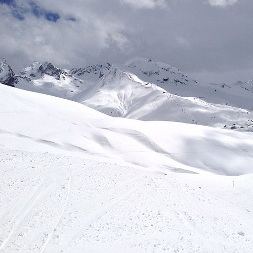 #ski #skiing #lech #zurs #stanton #austria #snow #snowland #snowcontrol #powder #winter #alberg