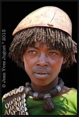 Les Tsema (Tribu de la valle de l'Omo, Ethiopie) - The Tsemay (Tribe of the Omo Valley, Ethiopia) (Jean Yves JUGUET ) Tags: africa portrait people woman man canon photography faces jean african tribal valley tribes afrika yves ethiopia  ethnic minority karo mursi hamar tribo hamer ethnology tribu omo  ethiopie oromo ethnique konso ethnies juguet tsemay minorit omo