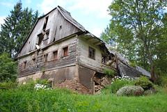 rozpadajc se staven v obci Niemojw, Polsko (Ondra Brabec) Tags: chalupa niemojw polsko poland polska