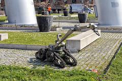 Johnny 5 (R. Engelsman) Tags: robot rov explosievenopruimingsdienstdefensie explosieven opruimingsdienst defensie eod portdefender wilhelminapier rotterdam 010 outdoor explosive ordnance