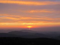 Mountain sunrise (october blue ( on/off )) Tags: thegalaxy autofocus