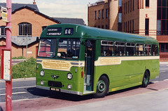 GWS-543-MOR581-Guildford-010594a (Michael Wadman) Tags: guildford aecreliance aldershotdistrict mor581 guildfordwestsurrey surreyhillsleisurebus