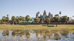 Angkor Wat, Cambodia (maxunterwegs) Tags: reflection temple pond cambodge cambodia kambodscha angkorwat unesco estanque siemreap angkor wat teich hdr templo worldheritage tempel weltkulturerbe étang camboya camboja patrimoniomundial photomatix tonemapped tonemapping flickrtravelaward