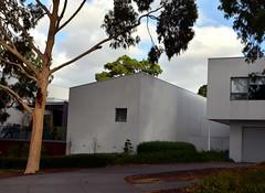 Main Drive Kew 35 (phunnyfotos) Tags: summer kew architecture nikon landscaping australia melbourne victoria housing vic willsmere melburnian maindrive d5100 nikond5100 phunnyfotos