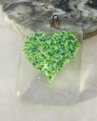 Green Heart Sun Catcher (Glittering Prize - Trudi) Tags: sun green love glass heart suncatcher catcher trudi fused glitteringprize britcraft britishcrafters