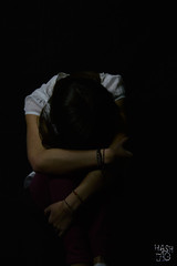 Solange (Hashtag') Tags: studio lumire ombre tristesse obscur timidit