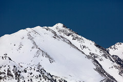 Andorra nature: Mountains of Vall nord (lutzmeyer) Tags: pictures schnee winter mountain snow mountains nature berg landscape photography montana europe photos pics nieve hill natur natura paisaje images berge fotos valley tele invierno february 500mm landschaft febrero andorra bilder imagen pyrenees muntanya neu tal februar iberia montanas pirineos pirineus iberianpeninsula gebirge parroquia paisatge febrer pyrenen imatges hivern muntanyes vallnord comapedrosa anyos lamassana gebirgszug iberischehalbinsel lamassanaparroquia lutzmeyer lutzlutzmeyercom picdecomapedrosa2942m