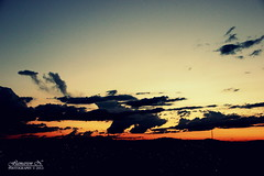 black clouds (flamarion nunes) Tags: sunset pordosol brazil sky cloud sun color minasgerais sol nature silhouette brasil skyline clouds canon photography landscapes photo minas foto photos natureza paisagem cu mg fotos nuvens belohorizonte fotografia nuvem cor montanhas paisagens bh silhueta dramaticcolor linhadohorizonte flamarion brasilemimagens flamarionn