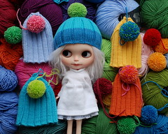 making hats (*KaChu*) Tags: pink blue red colour green yellow fun spring knitting joy hats blythe bunt
