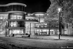 Berlin Boulevard III (Ineound) Tags: bw building berlin monochrome architecture canon silver germany deutschland 50mm blackwhite spiegel canonef50mmf18 architektur 5d sw nik f18 schwarzweiss blick ef ef50mmf18ii hdr ef50mmf18 ef50mm canonef50mmf18ii 5di efex 5dmarki spiegelblickde spiegelblickde