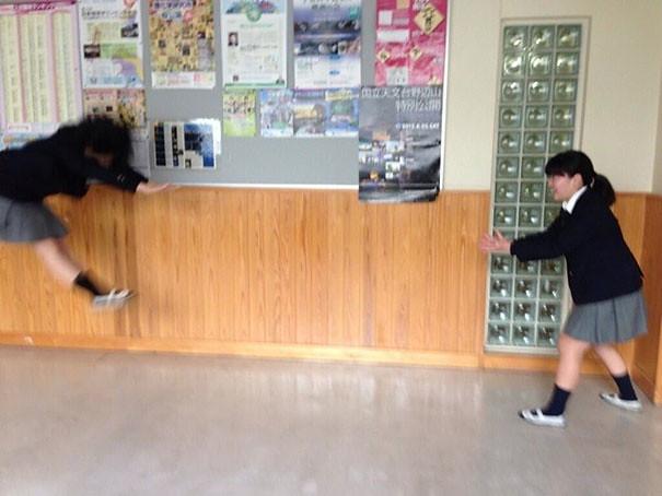 makankosappo-japanese-schoolgirls-dbz-energy-attacks-11
