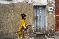 f6448768 (davidashes) Tags: door wall walking bolivia bowlerhat lapaz