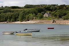 IMG_3861_edited-1 (Lofty1965) Tags: ios islesofscilly oldtown boat church