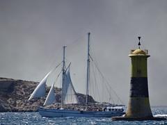 Lighthouse @ Marseille (Hélène_D) Tags: hélèned france provencealpescôtedazur provence paca bouchesdurhône marseille vieuxport merméditerranée mediterraneansea méditerranée mer sea phare lighthouse voilier sailingboat bateau boat tourelleducanoubier