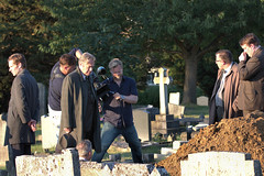 Filming Endeavour series 4 ep 3 (Debs J photos) Tags: mammothscreens shaunevans rogerhallam crew castcemetery oxford canon70d7020028lis endeavour morse filming tvproduction
