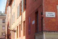 Au couleur de jambon. (nathalie.beauchamp7) Tags: parme italie italia jambon ville strada rue street vacances t chaleur duomo