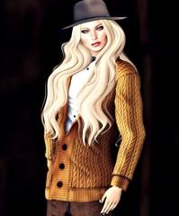 .....Male gaze (lukreciamerchiston) Tags: hat sweater woman sexy blond autumn cold sombrero mujer rubia