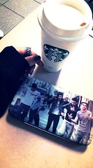 14302976_1166576080048192_2025293379_n (MLizethreyes) Tags: onedirection wallet star starbucks starbuckscoffee coffee morning mexico loveit tumblr