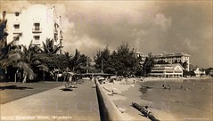 Waikiki Beachfront No Sand 1930s (Kamaaina56) Tags: 1930s waikiki hawaii beach royalhawaiian realphoto