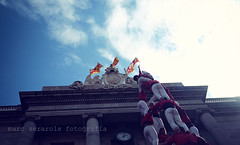 #castellers (Seracat) Tags: seracat marcserarols castells castellers barcelona grcia vila sants borinots santjaume plaa lamerc merc bcn catalunya catalogne catalonia catalua humantowers enxaneta