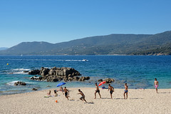 Foot-sur-la-plage (RS...) Tags: corse propriano plage beach mer sea football sable sand d7100
