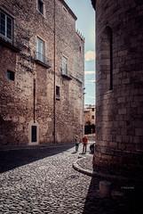 Gerona (www.nubfotografica.com) Tags: gerona girona architecture arquitectura ciudad sombras shadows luz light