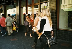 Fluff (adam_h_photo) Tags: film 35mm streetphotography analogue analog street konica hexar colour color people