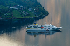 Cruise ship anchored at the Geiranger Fjord (Kaptens) Tags: norway geiranger vista norge objects reflections utsikt outdoor fjord speglingar view