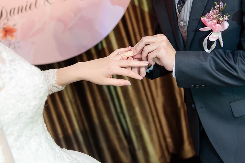 國賓婚攝,台北國賓,國賓飯店婚宴,新秘Miko ,婚攝小勇,台北婚攝, 愛瑞思新娘秘書造型團隊,西敏英國手工婚紗,小寶工作室-043