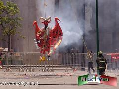 Tradicional Quema de Judas 2013 (05-11) (jarsphe) Tags: santa mexicana easter gloria holy mexicanos week sabado judas semana toluca artesanos artesano quema cartoneria