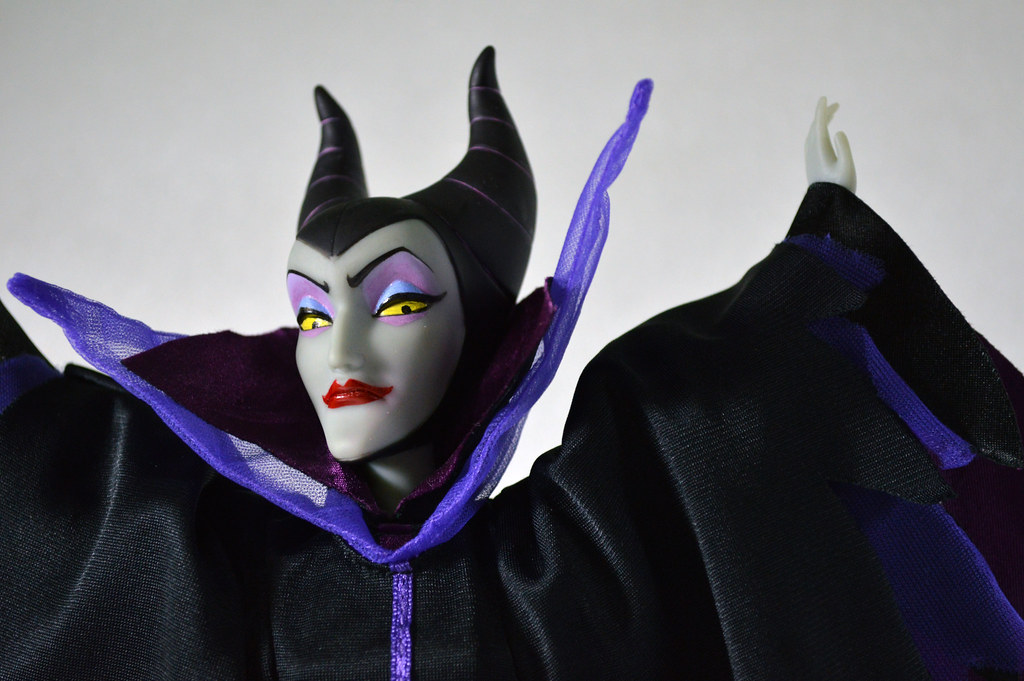 repainted maleficent and prince - photo #22