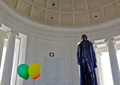 Thomas Jefferson and Balloons (Mondmann) Tags: usa history america balloons washingtondc unitedstates president landmark jeffersonmemorial thomasjefferson mondmann fujifilmx100s