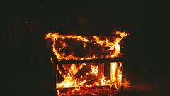 Burning Bridges BTS (thestevenalan) Tags: music fire jones video nashville flames betsy behindthescenes boyer burningpiano onerepublic burningbridges heavenstobetsy pianoonfire coveredbyheavenstobetsyfeatbetsyboyerjones