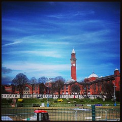 University of Birmingham (MisterJames_) Tags: summer sky sun building tower clock campus square landscape birmingham university clocktower squareformat universityofbirmingham josephchamberlain iphoneography instagramapp uploaded:by=instagram foursquare:venue=4b0d657ef964a520774723e3