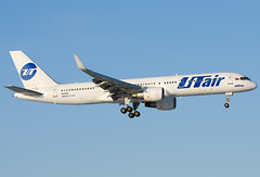 VQ-BKF  UTair Aviation Boeing 757-2Q8 (Osdu) Tags: airplane airport aircraft aviation aeroplane boeing aviao flugzeug avin aereo spotting dme avion avia vliegtuig flygplan planespotting  boeing757  aeroplano lentokone  samolot uak flugvl domodedovo   luftfahrzeug utair lennuk    uudd  utairaviation letoun 757 fastvingefly aroplanum vqbkf