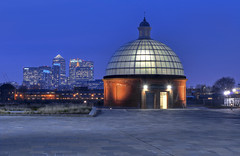 Greenwich Foot Tunnel (Aubrey Stoll) Tags: uk england london tourism thames capital greenwich eu dome gb bluehour cti canarywharf concourse barclays finance isleofdogs foottunnel
