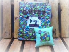 EsToJo CoStUrA (DoNa BoRbOlEtA. pAtCh) Tags: box handmade application estojo quiltlivre donaborboletapatchwork denyfonseca