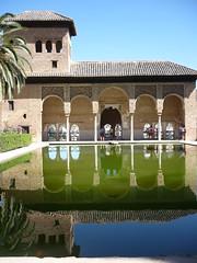 Torre de las Damas en la Alhambra (mixtli1965) Tags: tourism architecture alhambra granada