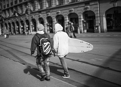 let's go surfing now (nicolasheinzelmann) Tags: bw digital schweiz switzerland flickr tracks mai be sw bern fullframe schwarzweiss canonef50mmf14usm surfbrett bahnhofplatz canoneos5dmarkii 5dmkii nicolasheinzelmann 25mai2013