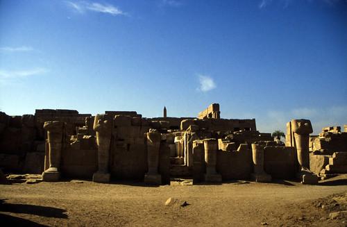 "Ägypten 1999 (331) Karnak-Tempel: Akh-menu des Thutmosis III. • <a style=""font-size:0.8em;"" href=""http://www.flickr.com/photos/69570948@N04/29055950681/"" target=""_blank"">View on Flickr</a>"