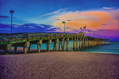 View of the Venice Pier, Harbor Drive, Venice, Florida, U.S.A. (Jorge Marco Molina) Tags: venicepier harbordrive sarasotacounty sunshinestate fishing nautical venice florida usa sand gulfofmexico brohardpark