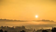 Lever de soleil (leeleeque) Tags: angetraverso acontretemps alpes alps automne automn leverdesoleil sigma sun sunlight canon canon600d montagne montain mountain moutain albanais rumilly hautesavoie randonne rhonealpes france jaune