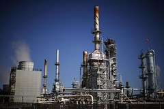 Jobless restoration looms for white-collar U.S. oil staff (majjed2008) Tags: jobless looms recovery us whitecollar workers