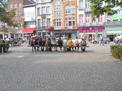 Gimycko Mechelen IJzerenleen Bankje Meisjes (gimycko) Tags: gimycko mechelen ijzerenleen bankje meisjes